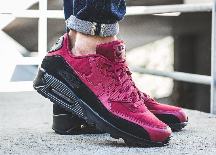 Nike Air Max 90 Essential (AJ1285-010)