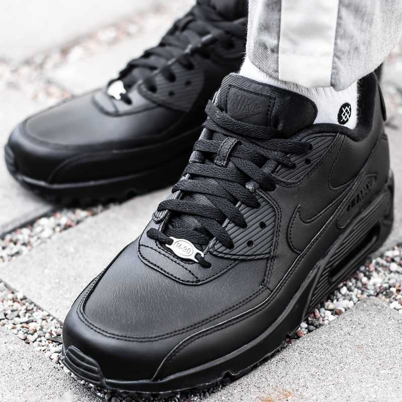 air max leather