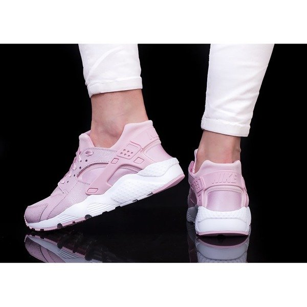 e522361affdf ... Nike Huarache Run SE (904538-600) Click to zoom ...
