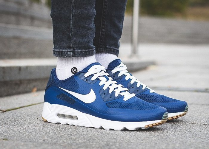 Nike Air Max 90 Ultra Essential (819474-402)